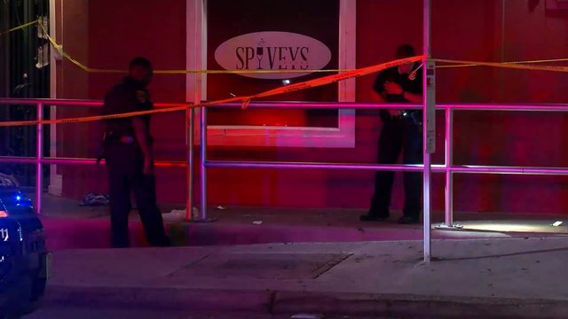 Man shot in head, killed after altercation at bar near Texas Southern University
