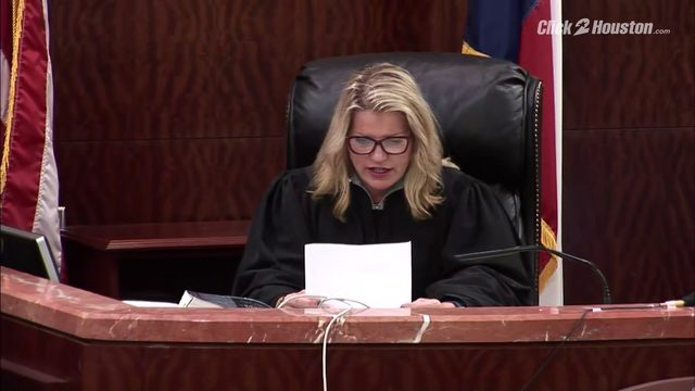 Judge reads note from jury before declaring mistrial at David Temple hearing