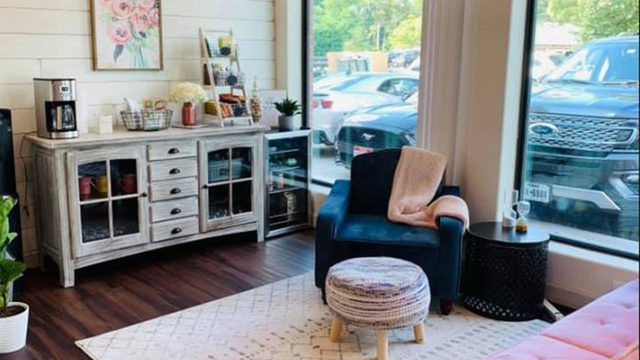Women-only co-op space opens in The Woodlands
