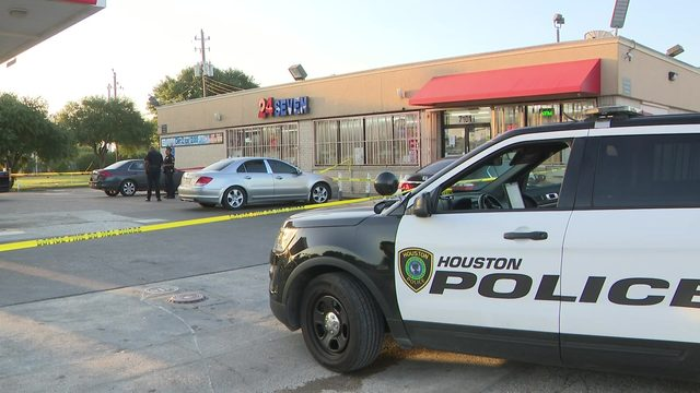 Police: 1 dead, 1 injured in shooting at southwest Houston gas station