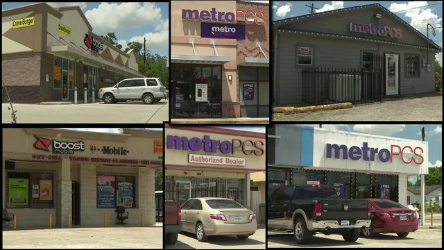 Serial robbers target cellphone stores