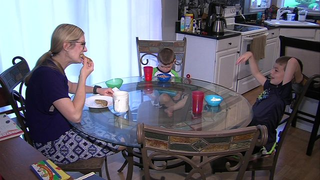 Breakfast with parents linked to better body image for kids