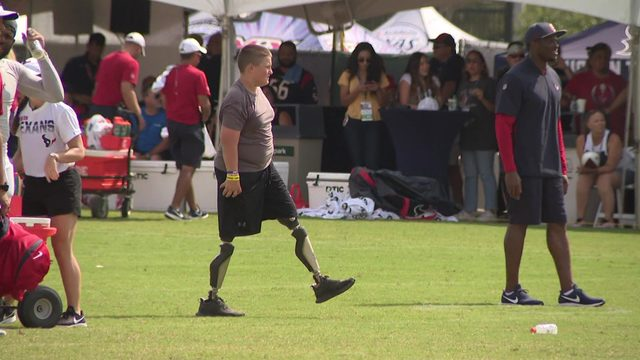 Double amputee joins Texans training camp