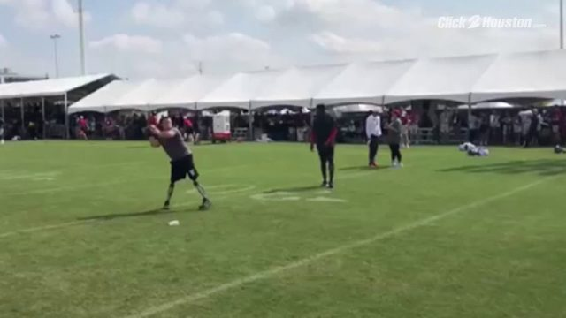 Calder Hodge plays catch with DeAndre Hopkins