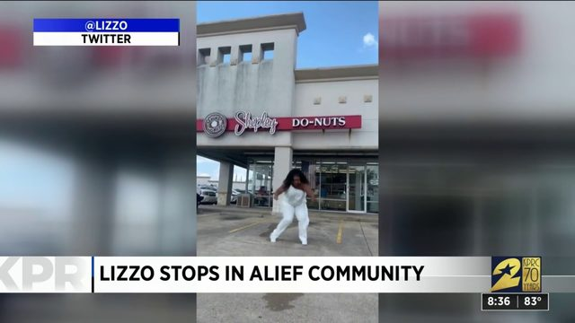 Lizzo puts smiles on faces during Houston visit