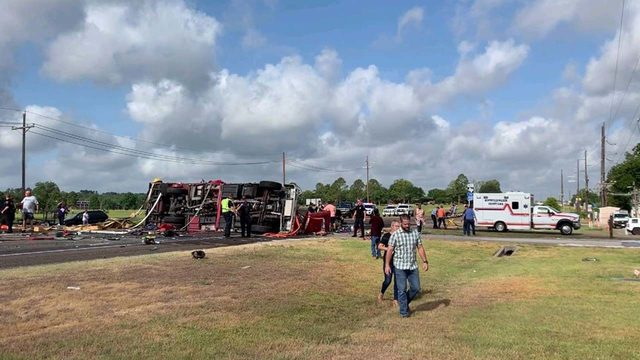 4 people sent to hospital after massive crash involving Huntsville fire truck