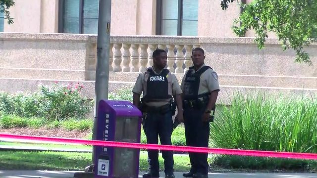 No threat found after armed intruder reported on LSU campus, officials say