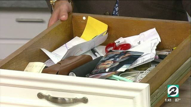 Houston clutter coach shares 6 tips to organize any junk drawer |…