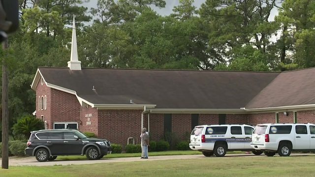 Man mowing field at northeast Houston church finds human skeleton
