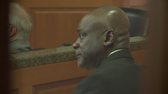 Former HPD officer Gerald Goines charged with murder in botched Harding…