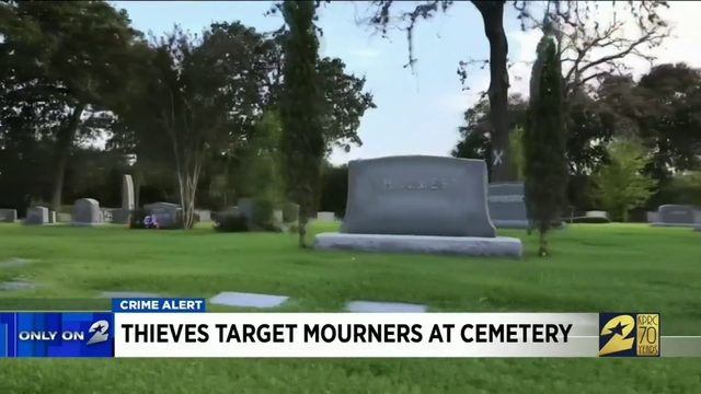 Thieves target mourners at cemetery