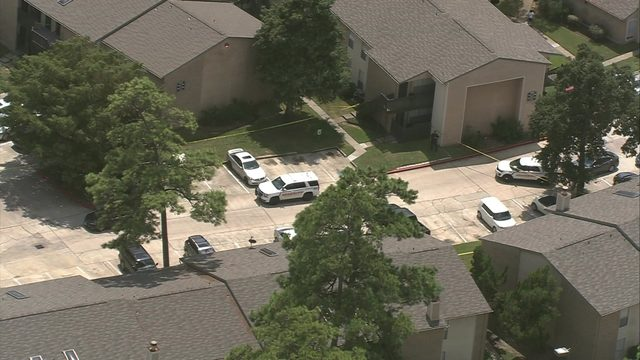 3 people, including child, killed in apparent murder-suicide at Spring…