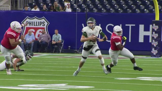 Friday Football Frenzy: Strake Jesuit
