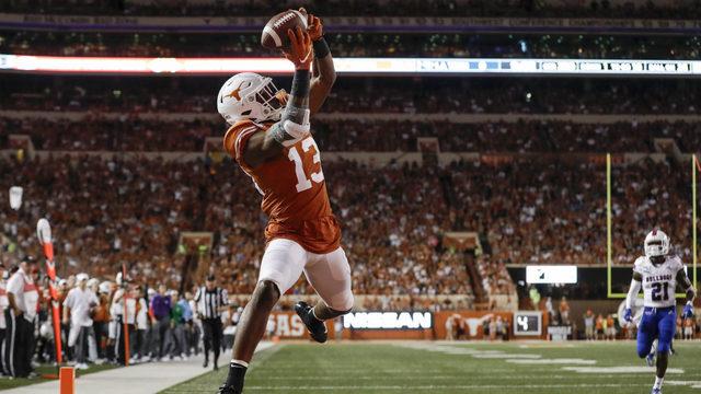 Ehlinger's 4 TD passes lead No. 10 Texas over Louisiana Tech