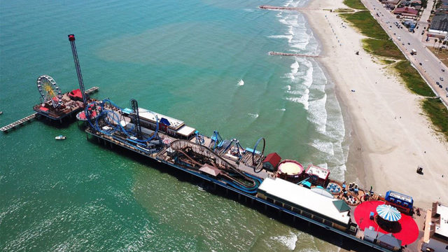 Blue water is back in Galveston, just in time for Labor Day weekend