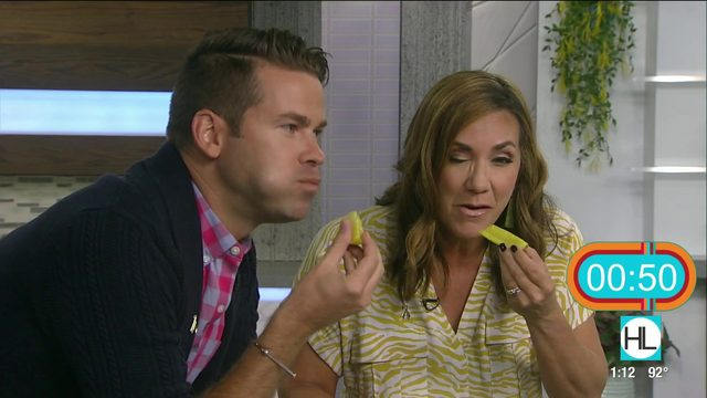 Hosts hold pickle-eating challenge on live TV | HOUSTON LIFE | KPRC 2