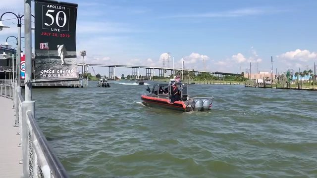 Search underway for Kemah Boardwalk employee who jumped into water