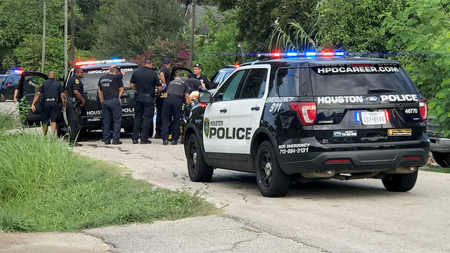 Motorcyclist killed in southern Houston drive-by shooting