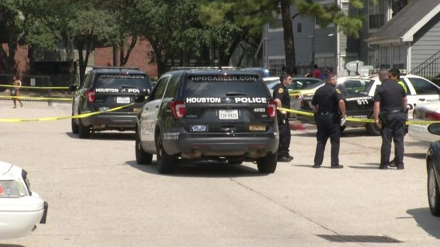 HPD: Woman killed in shooting in north Houston