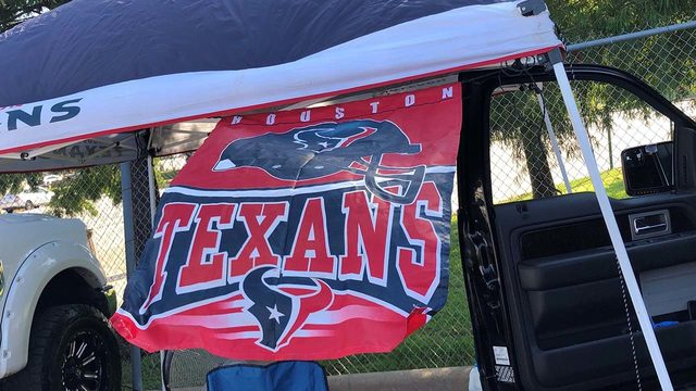 10 secrets from Texans fans on what makes a great tailgating experience