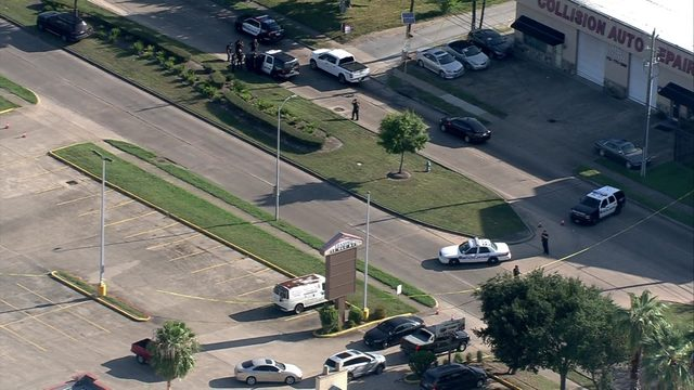 Officer-involved shooting leaves 1 dead in southwest Houston