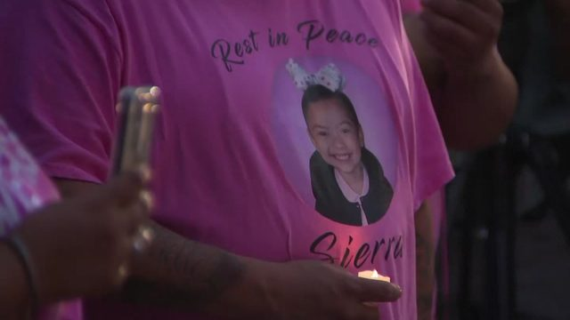 Candlelight vigil held for 5-year-old Sierra Patino at Houston City Hall