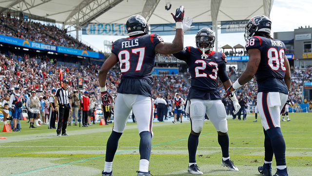 Watson, Watt lead way as Texans outlast Chargers, 27-20