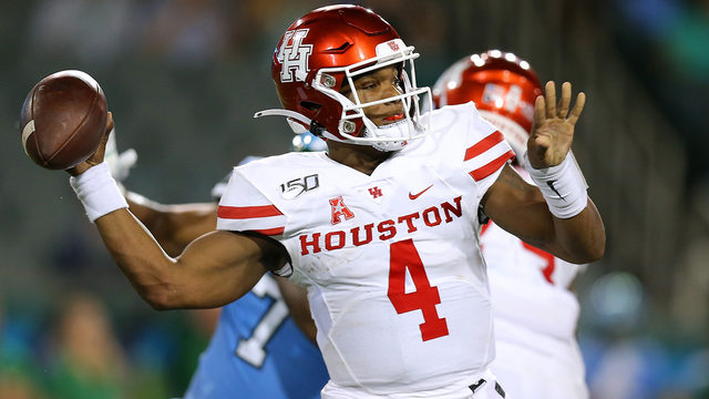 UH quarterback D'Eriq King announces plan to redshirt for remainder of…