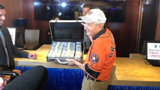 Mattress Mack places $3.5 million bet on Astros to win 2019 World Series