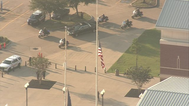 LIVESTREAM: Procession escorting Deputy Dhaliwal's body arrives at Berry Center