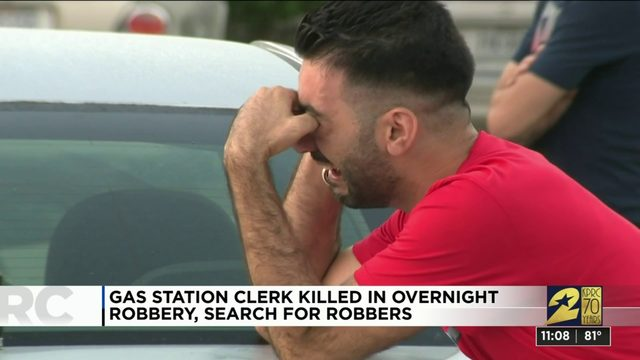 Clerk killed during southern Houston gas station robbery