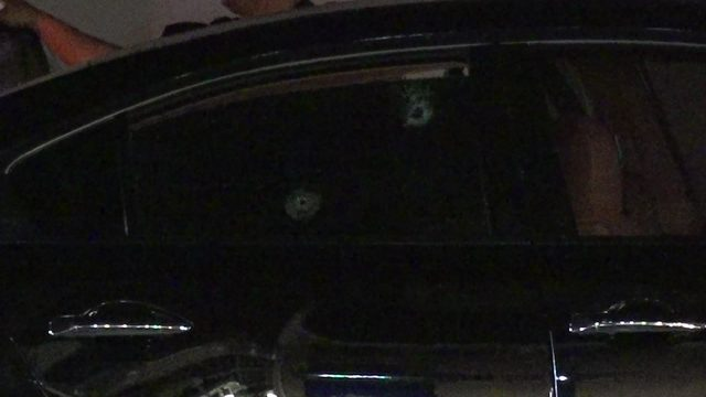 2 injured when car shot up while driving on Southwest Freeway