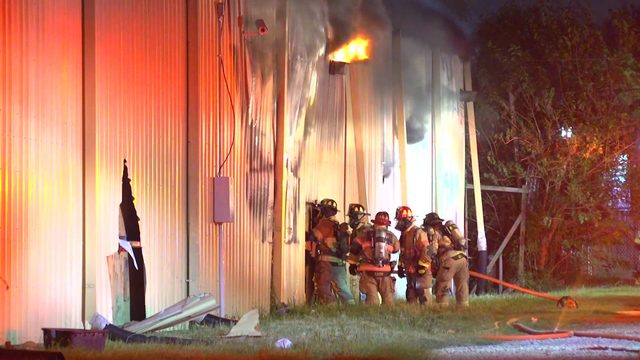 140 firefighters battle tire blaze at west Houston business