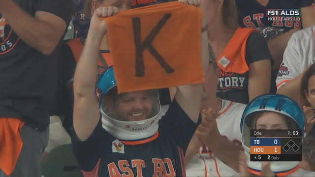 How to get the newest Astros fan craze: Space Helmets