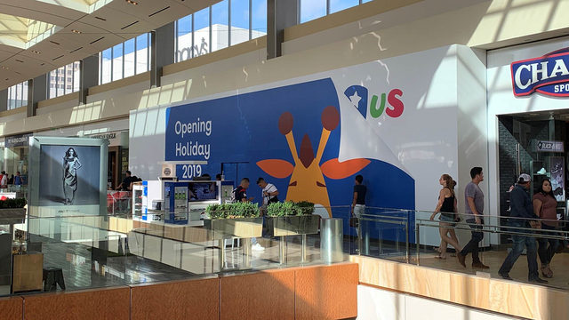 Toys 'R' Us relaunch gives families something Amazon can't