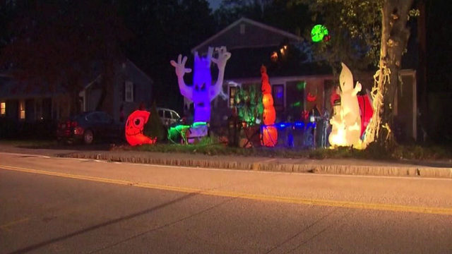 Halloween display becomes big problem for neighbors