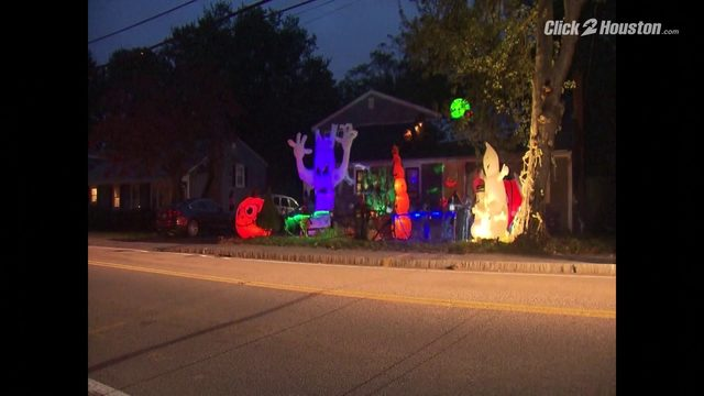 Halloween display controversy