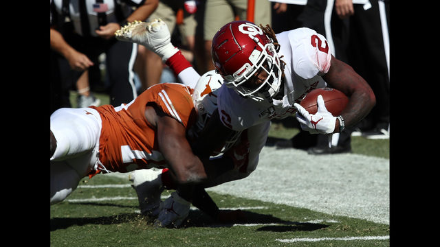 LIVE BLOG: Longhorns face off against rival OU at Red River Showdown