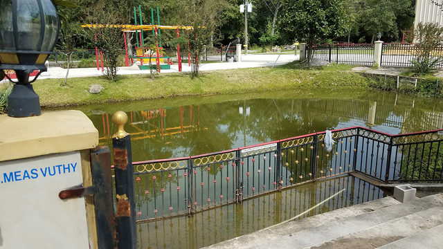 4-year-old girl dies after falling in pond at Buddhist temple, sheriff says