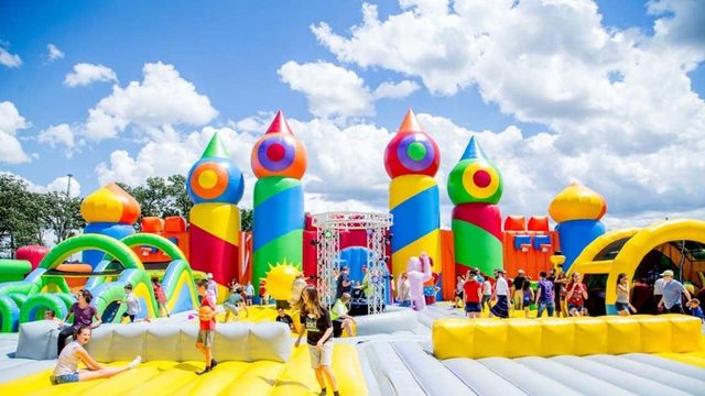 'World's Largest Bounce House' set to inflate in Houston: What you need…