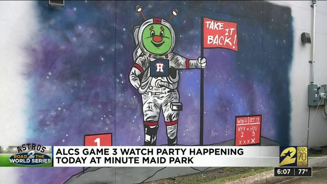 Houston shows support for the Astros ahead of game 3
