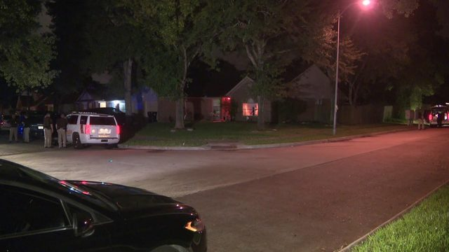 Father killed, wife, kids shaken after Fort Bend County home invasion