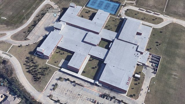 Friendswood Junior High School evacuated due to smell of natural gas