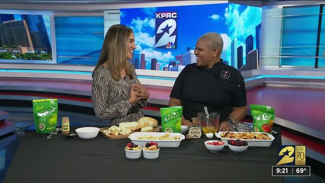 Celebrate National Apple Month with tips from Andrea Renee