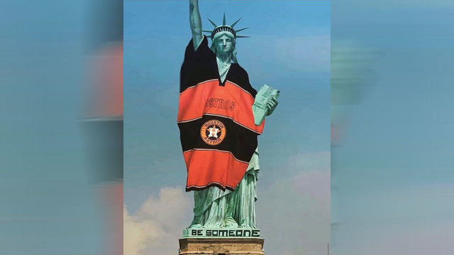 Astros Statue of Liberty meme goes viral