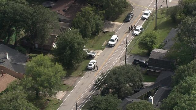 Toddler with gunshot wound flown to hospital from northwest Harris County home