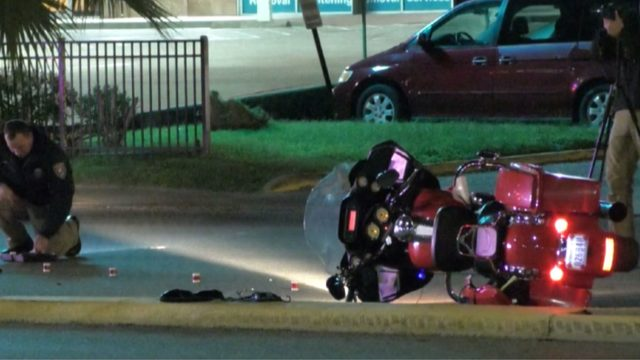 Motorcyclist sustains life threatening injuries in Galveston wreck, police say