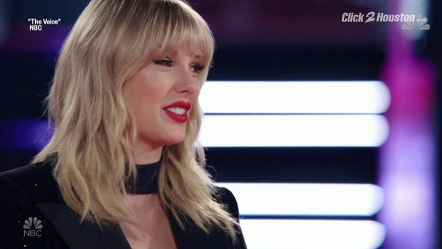 "Taylor Swift joins ""The Voice"""