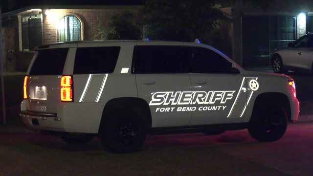 Fort Bend County deputy bitten by woman he was trying to arrest, officials say