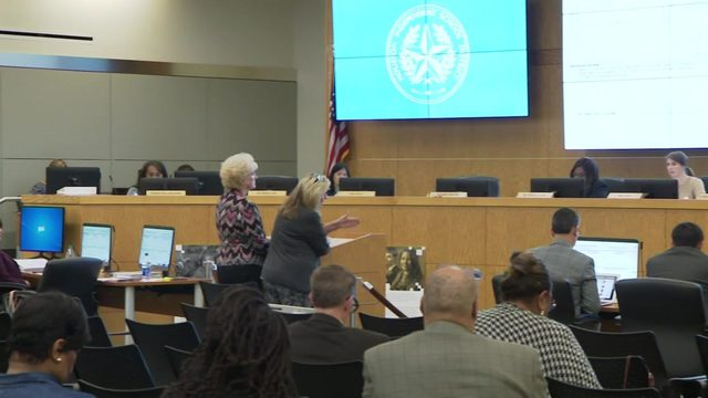 Several HISD board members are no-shows at Thursday night meeting